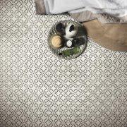 A_Mano_008_Decoro Tappeto 2 Bianco Antico 20×20